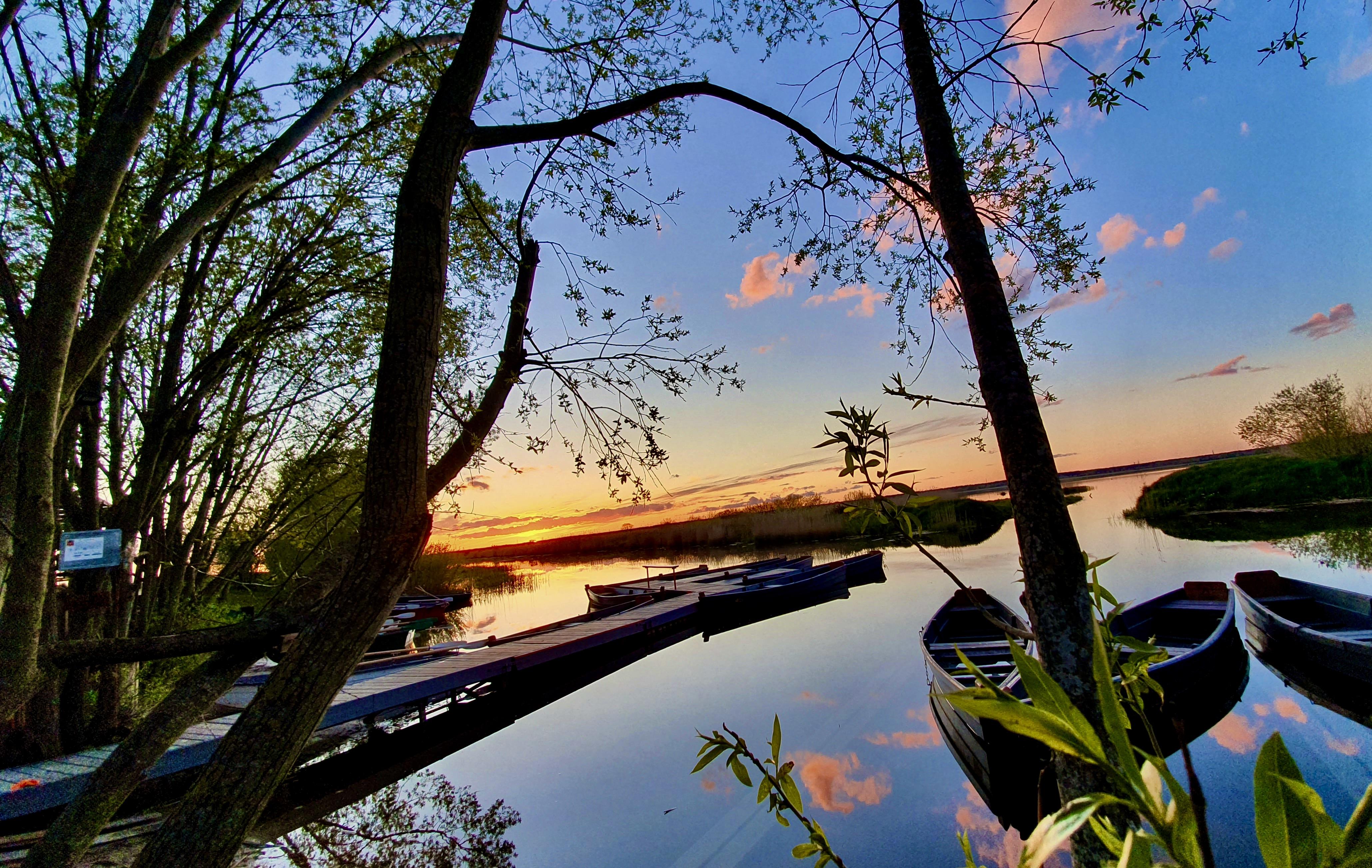 Laivu noma pie Babītes ezera tuvu Rīgai